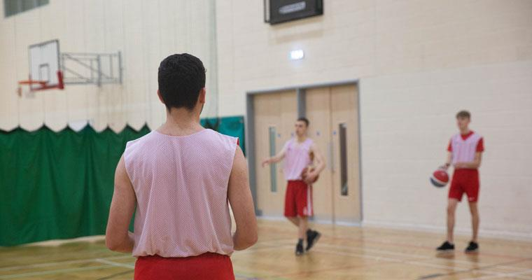 Middlesbrough-College-Basketball-Sports-Academy-mobile